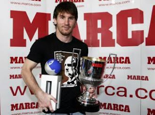 Messi recibió por tercera vez el trofeo Di Stéfano