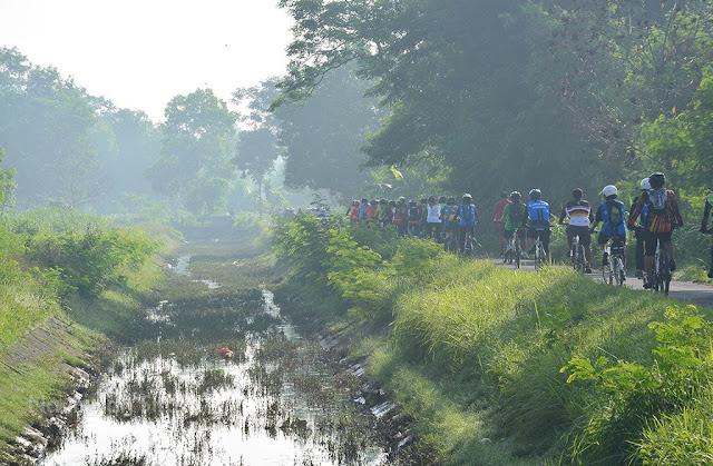 Perjalanan di Selokan Mataram