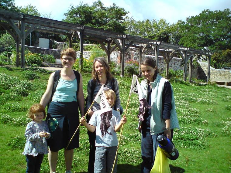 leechwell garden