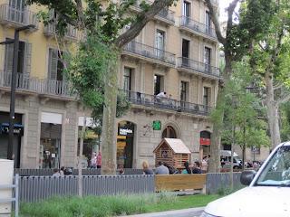Pocket park for children in Barcelona