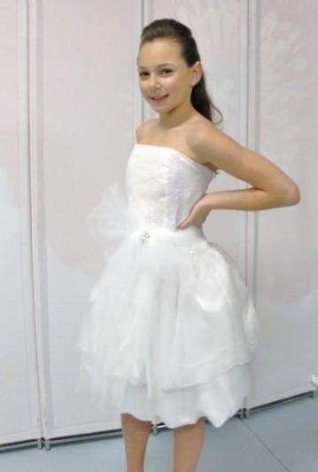 white junior bridesmaid dress
