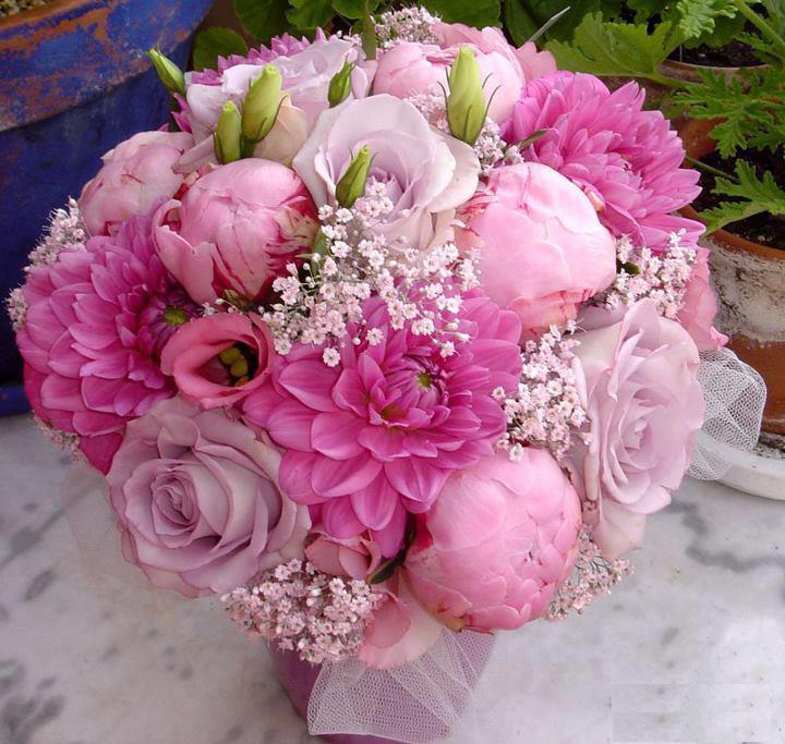 ramo de flores romnticas with imagen de ramos de flores - Fotos De Ramos De Flores Preciosas