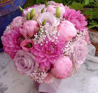 ramo de flores románticas