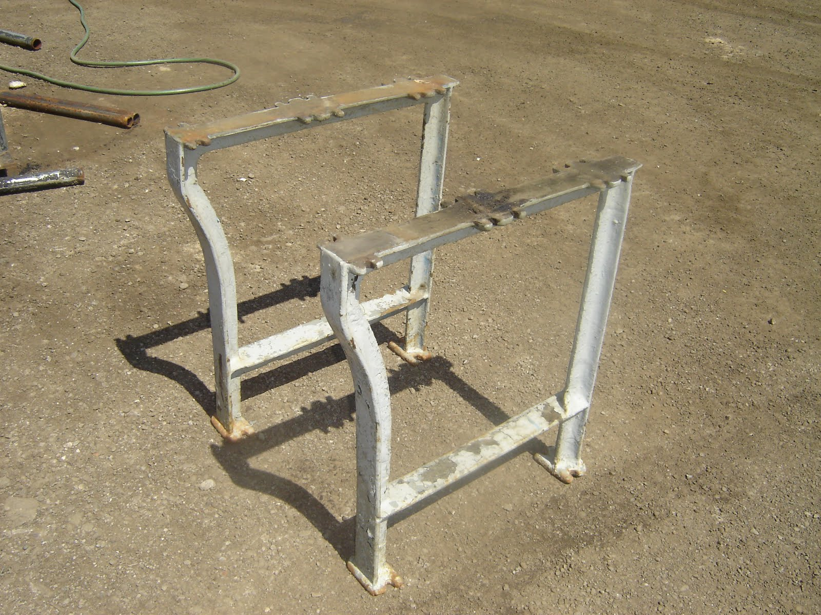 Industrial machinery liquidation antique cast iron table legs for Old iron table legs
