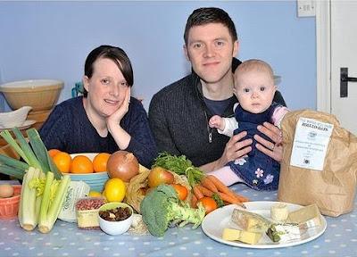 Família vive experiência de 1 ano sem supermercado