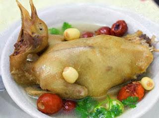 Món ăn ngon: Chim câu hầm cốm