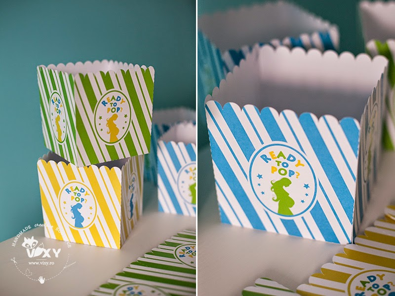 cutii personalizate popcorn, cutii baby shower, baby shower, vixy.ro, papetarie eveniment personalizata, papetarie petrecere