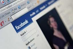 Lima Hal Yang Selalu Dilihat Mantan Pasangan Anda Di Facebook