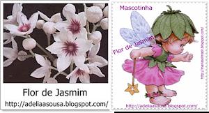 """Juntei o selo e a Mascotinha!  A pequena Fada do blog """"Flor de Jasmim""""."""