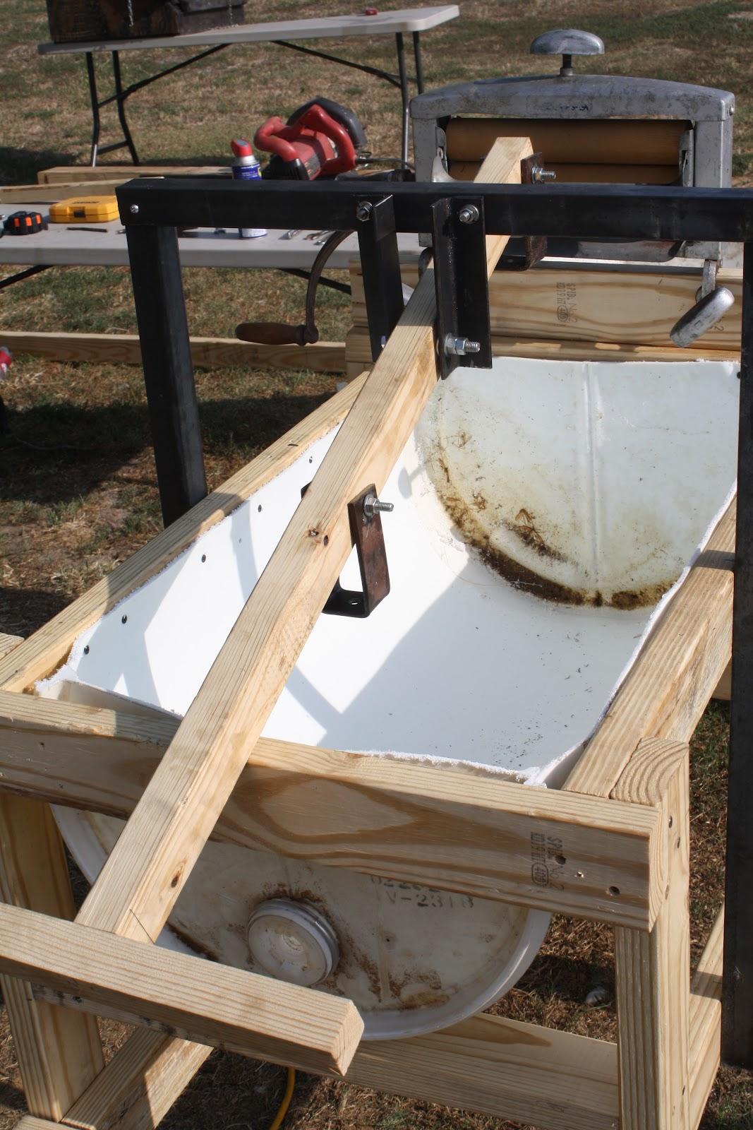 modern day redneck hand powdered washing machine. Black Bedroom Furniture Sets. Home Design Ideas