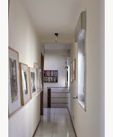Make It Look Warm And Inviting With Decorate a Hallway