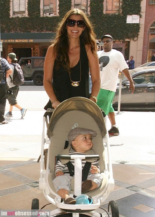 Ali Landry Goes Out And About With Her Family » Gossip | Ali Landry