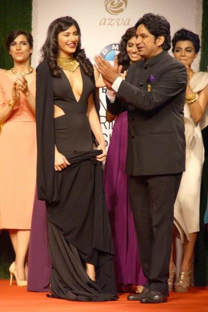 Nargis Fakhri Wear Bold Dress for jewellery brand Azva during a fashion show