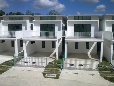 Brunei Houses