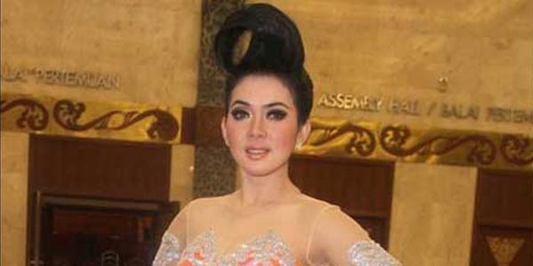 gaya rambut syahrini