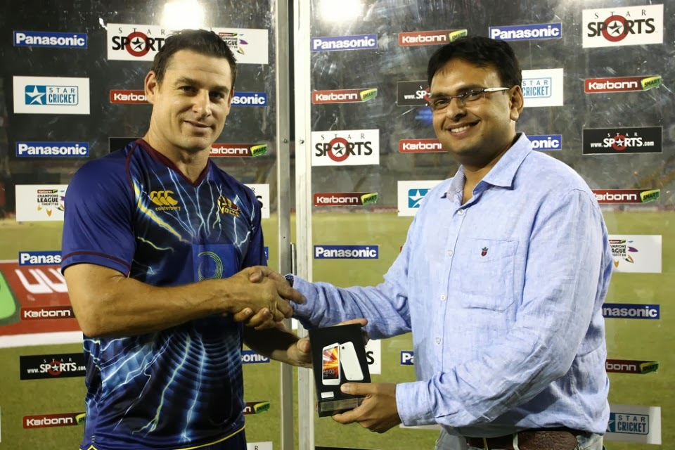 Nathan-McCullum-Man-of-the-Match-Sunrisers-Hyderabad-vs-Otago-Volts-Q6-CLT20-2013