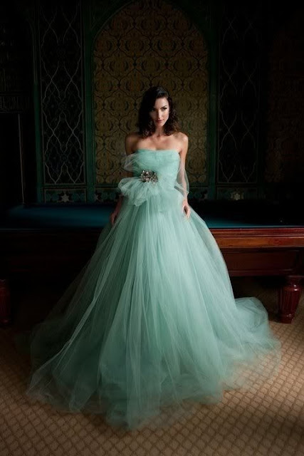 Mid-Week Inspiration Tiffany Blue Wedding via Bobbins And Bombshells