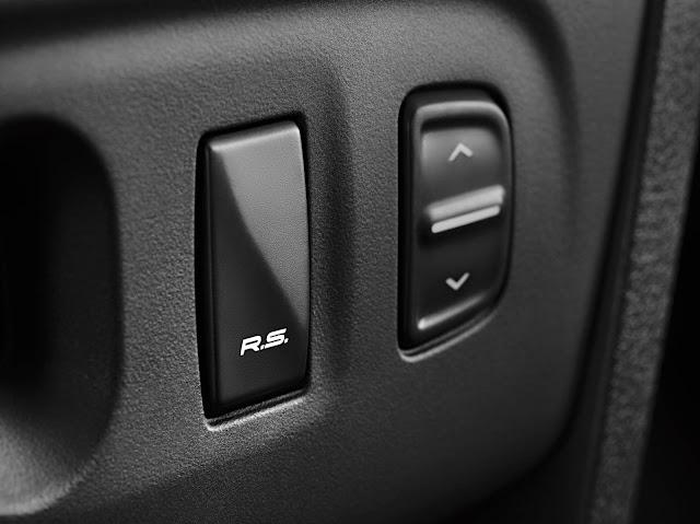 Renault Sandero R.S. 2.0 - tecla RS Drive