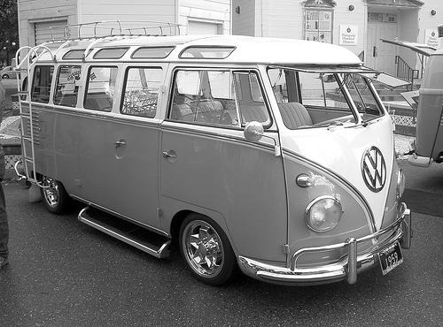 Vintage van company introducing vintage van company from for 1958 vw bus 23 window
