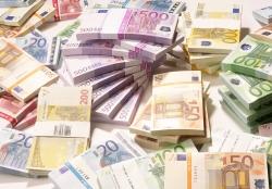 Με 140 εκατ. ευρώ ενισχύει το υπουργείο Εσωτερικών τους δήμους της χώρας