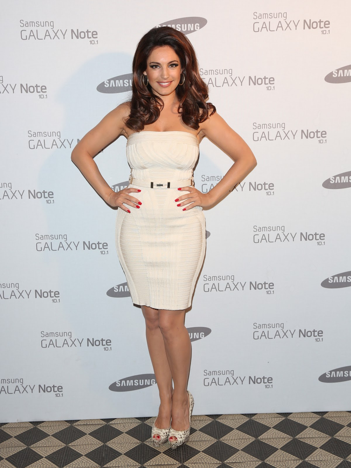 Herve Leger Sightings Kelly Brook At The Party To Launch Samsungs Galaxy Note 10 1 At Londons Exclusive One Mayfair