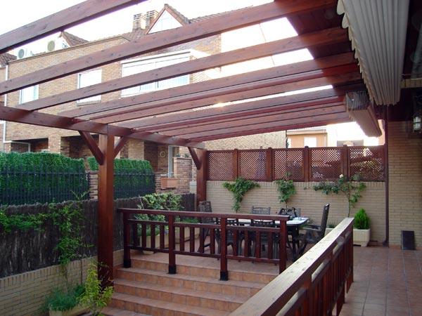 Complementos casa y jard n p rgolas de madera for Pergolas para jardin de madera