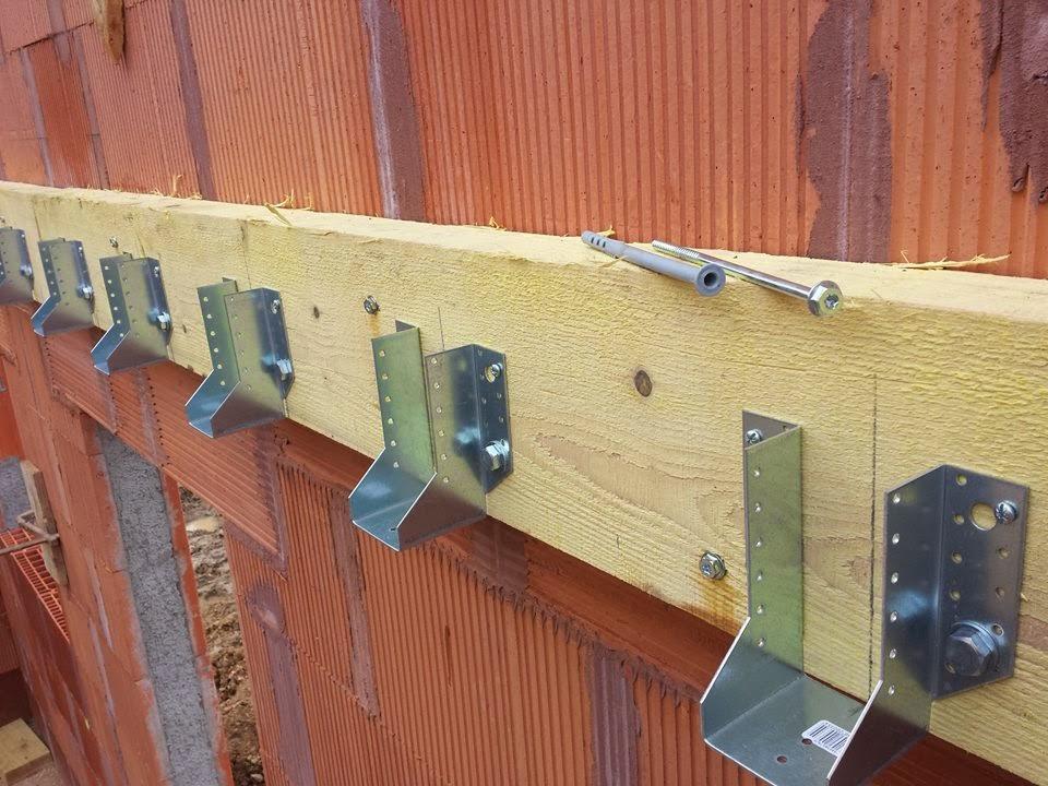 Maison bioclimatique marbou charpente plancher isolation fibre de bois c - Construire un plancher bois ...