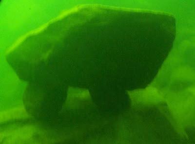 batu+ontario 7 Penemuan Paling Misterius di Dasar Laut