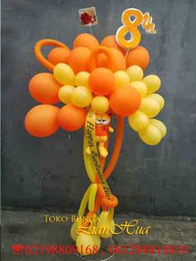 rangkaian balon ucapan selamat ulang tahun