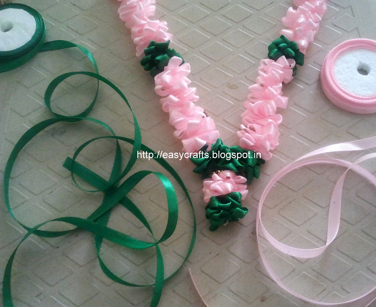 Easy crafts explore your creativity satin ribbon garland for Ribbon crafts to make