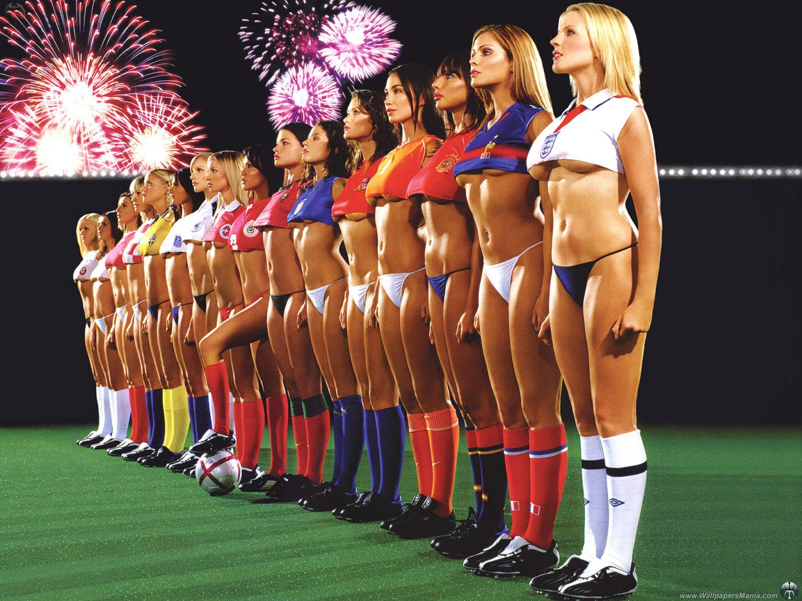 поиграть в футбол