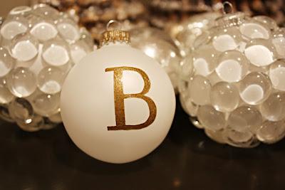 Idee per decorare col fai da te le palline di Natale