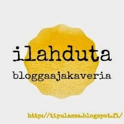 http://tipulassa.blogspot.fi/2015/01/haaste-ilahduta-bloggaajakaveria.html