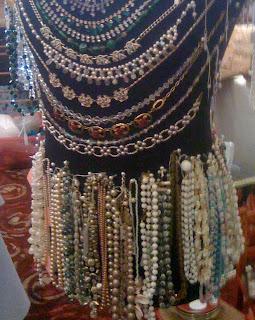 manequin jewellery