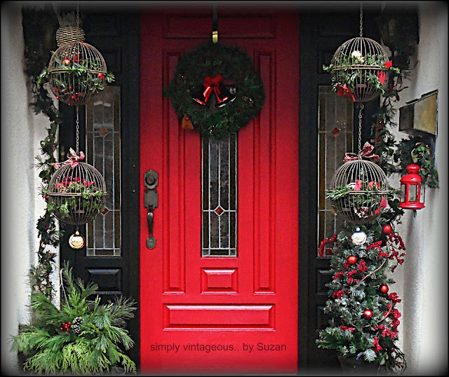 RED DOOR CHRISTMAS
