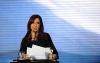"""Cristina: """"Los buitres y los caranchos no están sólo afuera"""""""