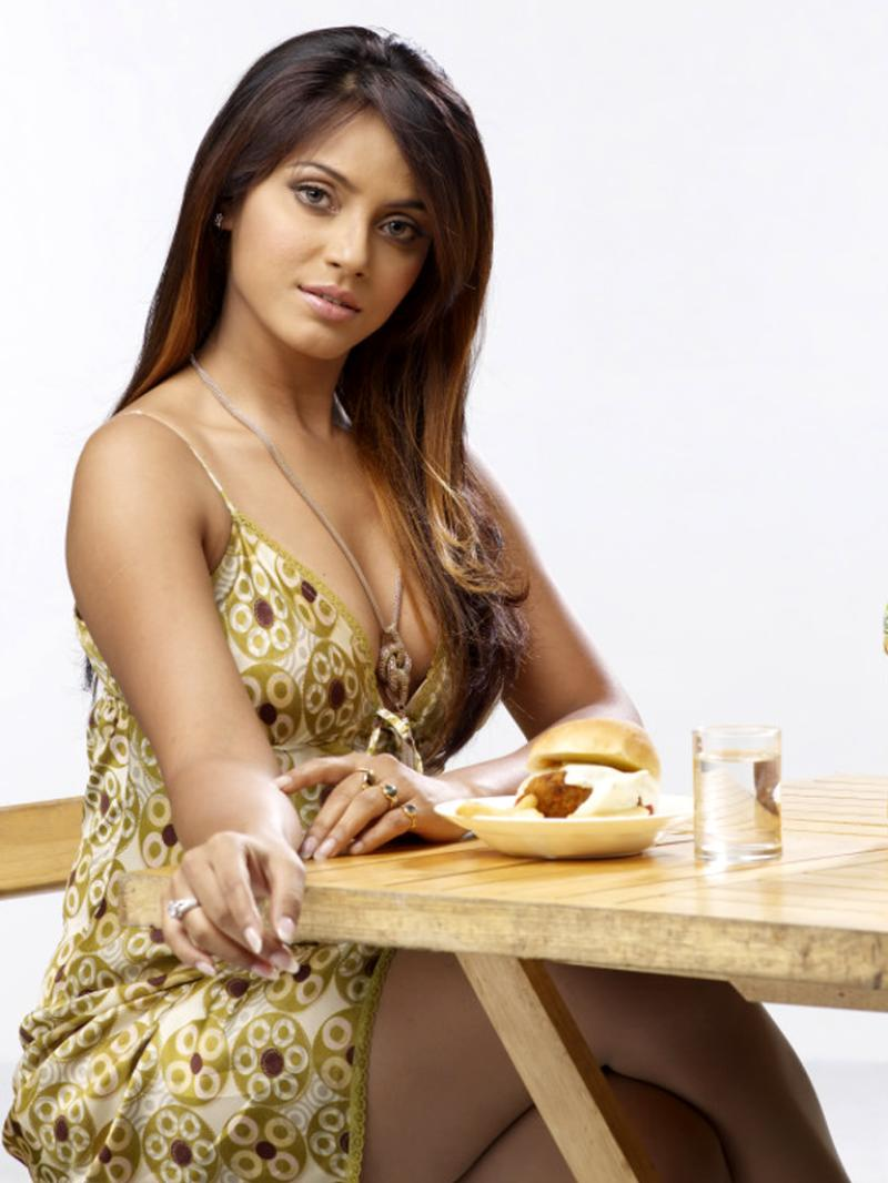 Mallika haydon hot photoshoot celebrity