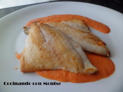 http://www.cocinandoconmontse.com/2013/09/dorada-con-salsa-de-pimientos-del.html