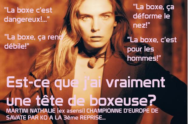 Et pour ceux qui pensent que les sport de combat ne rendent pas les filles féminines...