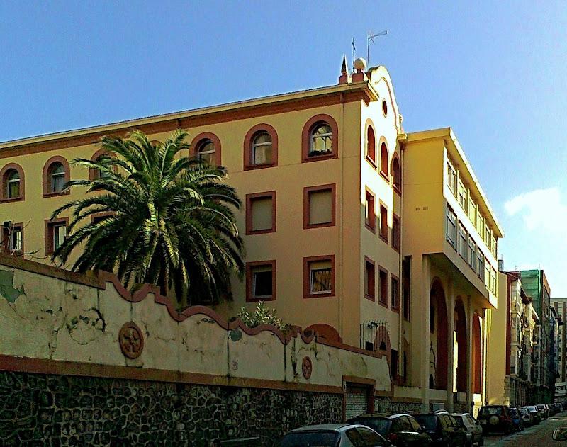 Iglesia y Colegio San Antonio Padres Capuchinos Santander