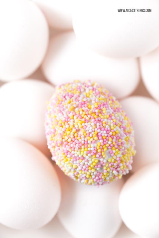 Ostereier mit Zuckerperlen Easter Eggs Sprinkles Nonpareilles