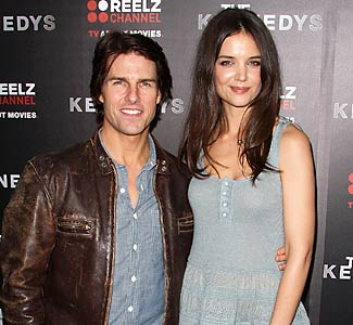Katie Holmes Measurements on Tom Cruise Katie Holmes Despite A Surprisingly Small Height Difference