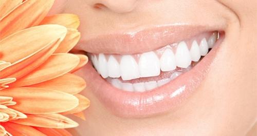 dientes blancos buena estetica dental