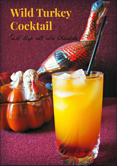 Wild Turkey Thanksgiving Cocktail Recipe, some of us need a little help to get us through the holidays, this is just a sweet and pretty way to do it, Cheers #cocktail #thanksgiving #drinks