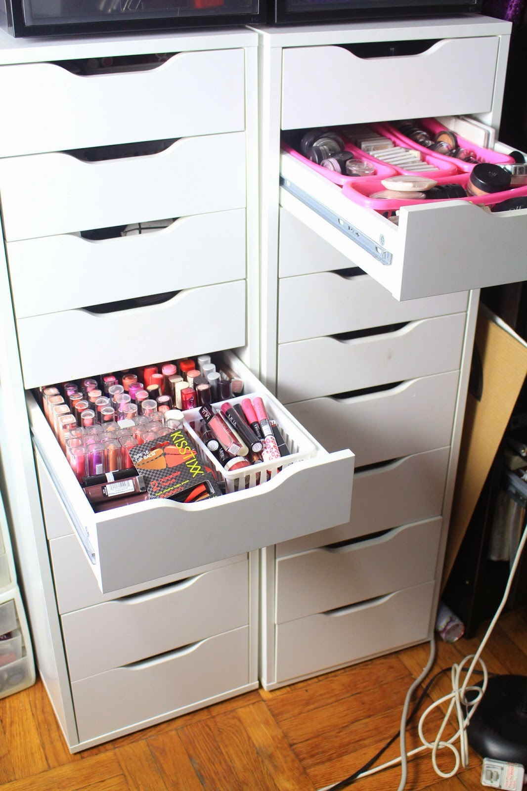 Diva makeup queen diy ikea alex drawers for makeup Makeup drawer organizer ikea