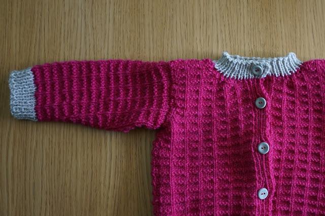 Vauvan neule