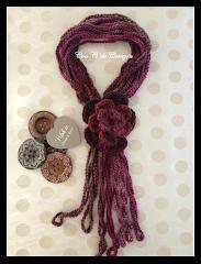 Bufanda de crochet con flor