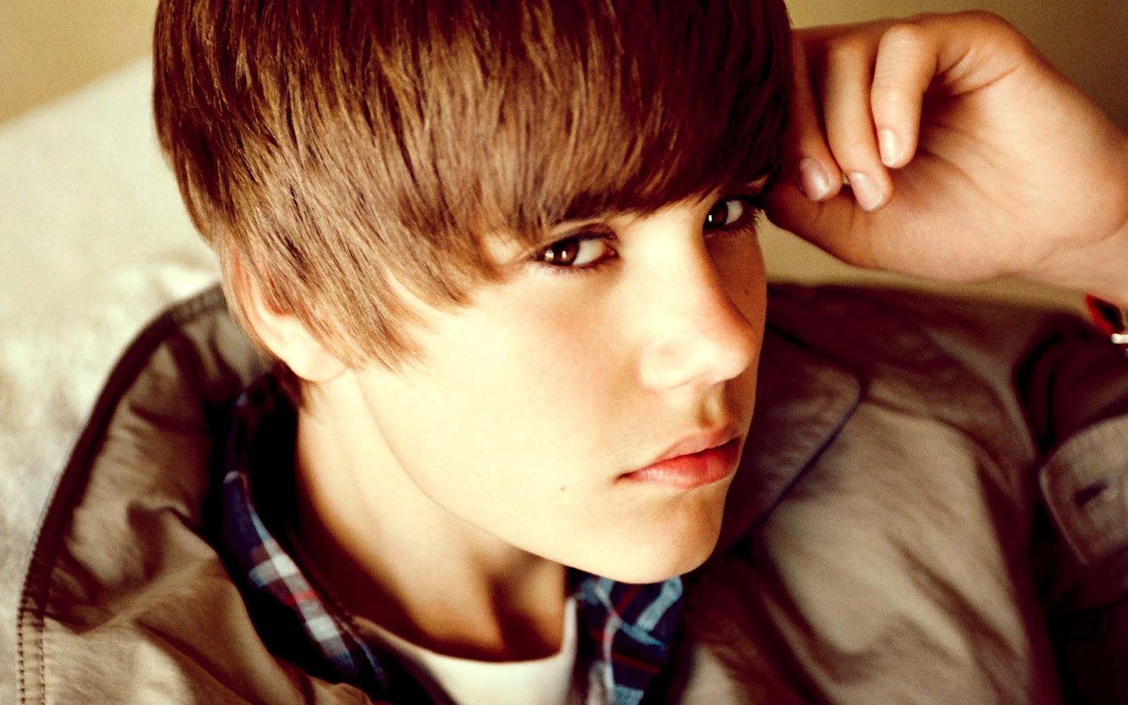 Justin Bieber Tiled