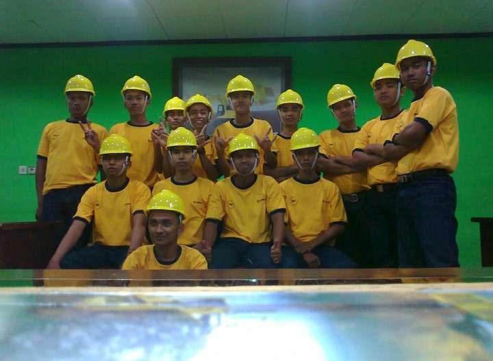 282096 246700752024265 100000530274049 951784 810659 n Sekolah Kejuruan Jurusan Alat Berat Hanya Ada Dua di Indonesia