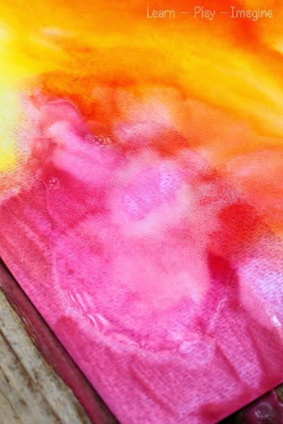 How to make baking soda paint for gorgeous, erupting art projects.